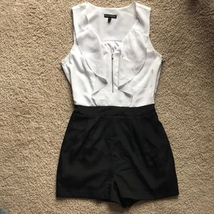 EXPRESS romper with pockets
